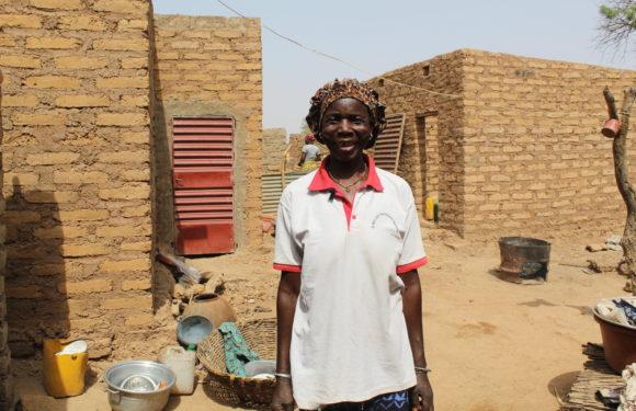 Le combat d'une veuve pour participer au développement local